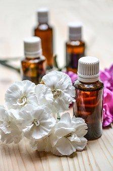 Remedier aux problèmes de lombalgie avec un massage aux huiles essentielles
